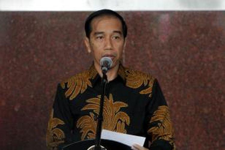 Presiden Joko Widodo berbicara saat acara peresmian gedung baru KPK di Jalan Kuningan Persada, Kavling C4, Jakarta Selatan, Selasa (29/12/2015).