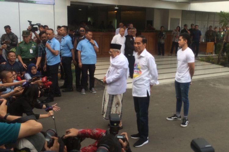 Bakal calon presiden dan wakil presiden periode 2019-2025 Joko Widodo dan Ma'ruf Amin akan menjalani tes kesehatan pada Minggu (12/8/2018) pagi ini.