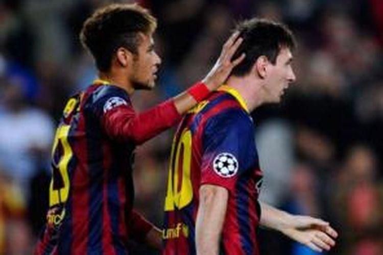 Neymar (kiri) dan Lionel Messi. `