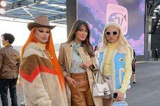 Gaya Retro 70-an Luna Maya di Ajang New York Fashion Week