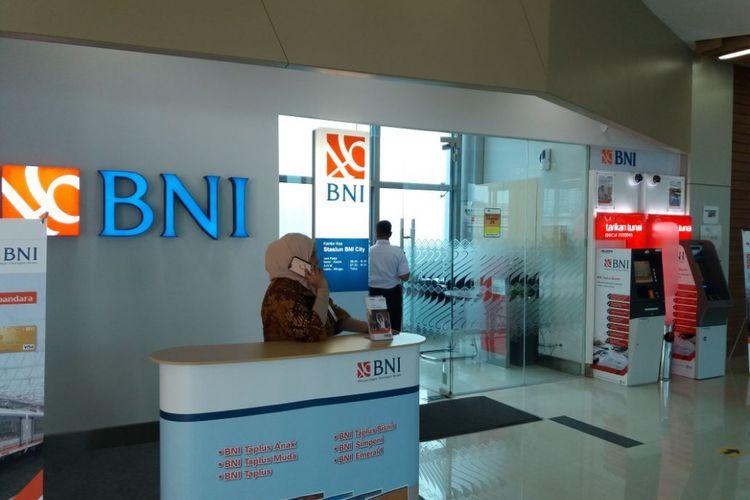 Outlet Bank BNI di Stasiun BNI City
