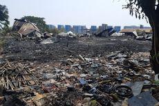 Bau Hangus Plastik Tercium di Lokasi Kebakaran Gudang Kalideres