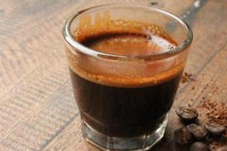 Espresso Arjuno Tumenggung adalah campuran biji kopi Gunung Arjuno dan Sumbing Tumenggung jenis robusta yang disajikan Kafe Kopikina di Tebet, Jakarta Selatan.
