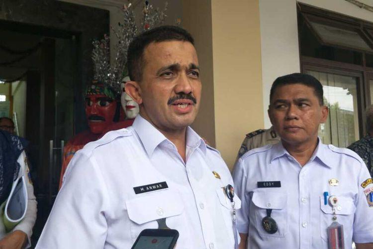 Wali Kota Jakarta Timur M Anwar kepada awak media di Kantor Kelurahan Cipinang Muara, Jakarta Timur, Rabu (12/2/2020).