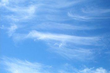 Berbagai Bentuk Awan, Bisa Prediksi Cuaca yang Akan Datang