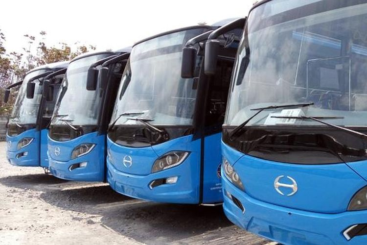 Bus Hino yang dikerjakan PT Laksana untuk keperluan BRT.