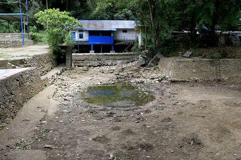 Kemarau, Pemkot Padang Salurkan 10.000 Liter Air Bersih ke Warga
