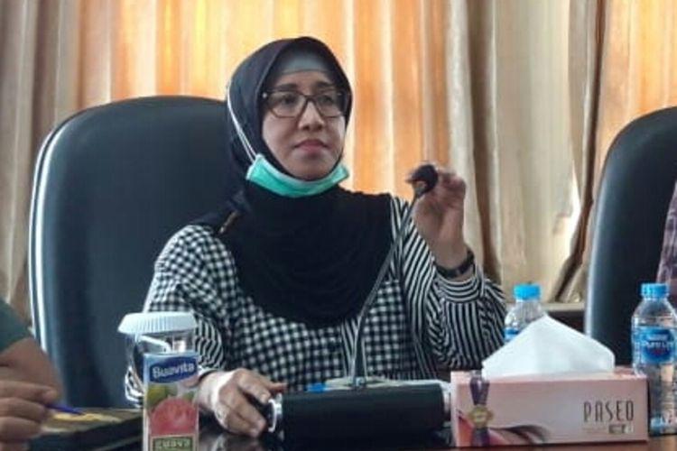 Kepala Dinas Kesehatan Provinsi Maluku, dr Meykal Pontoh saat memberikan keterangan kepada wartawan di Kantor Gubernur Maluku, Sabtu sore (21/3/2020)