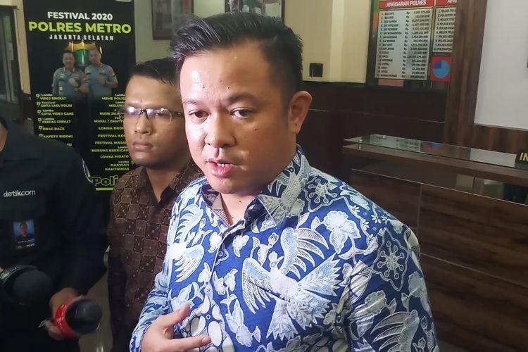 Kuasa hukum Arya Satria Claproth, Andreas Nahot Silitonga, saat ditemui di Polres Jakarta Selatan, Senin (10/2/2020).
