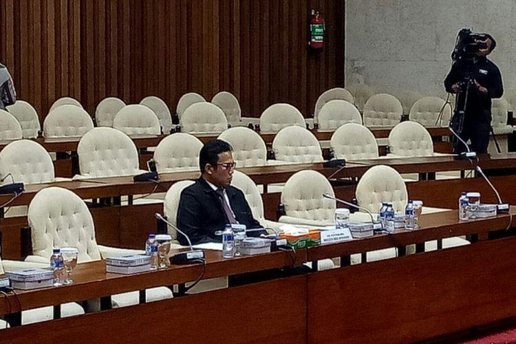 Direktur Penyidikan KPK Brigadir Jenderal (Pol) Aris Budiman memenuhi undangan Pansus Angket KPK untuk mengklarifikasi pertemuannya dengan anggota DPR