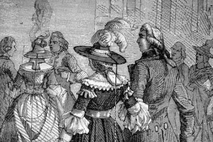 Topi penangkal petir dari zaman kuno. [A Daily Dose Of History Via Listverse.com]