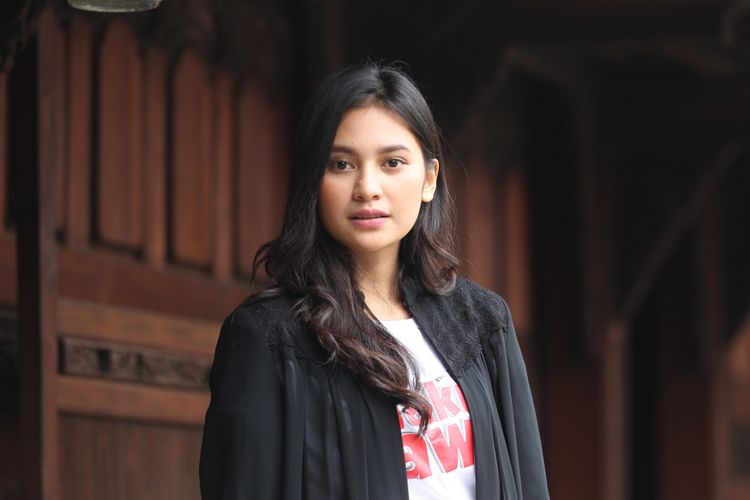Indah Permatasari berpose seusai mempromosikan film yang dia bintangi, ''Takut Kawin'', di Palmerah, Jakarta, Kamis (1/3/2018).