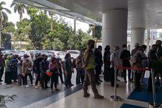 Ditutup Hari Ini, Posko PPDB Disdik Jakarta Ramai Didatangi Ortu Murid