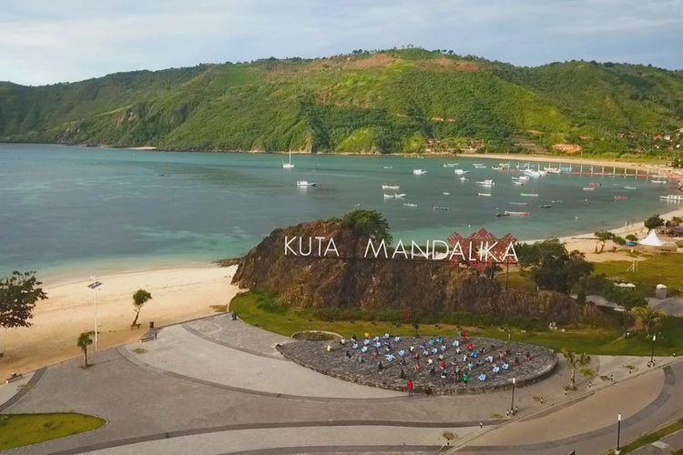 Kuta Lombok, Kompas.Com inilah Kawasan Ekonkmi Khusus (KEK) Mandalika Lombok, di kawasan ini akan dibangun Sirkuit MotoGP, dengan panjang lintasan 4,35 kilometer dan 18 tikungan, diperkirakan akan rampung 2020 mendatang