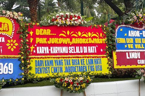 Ada Karangan Bunga Ucapan Terima Kasih untuk Jokowi di Balai Kota