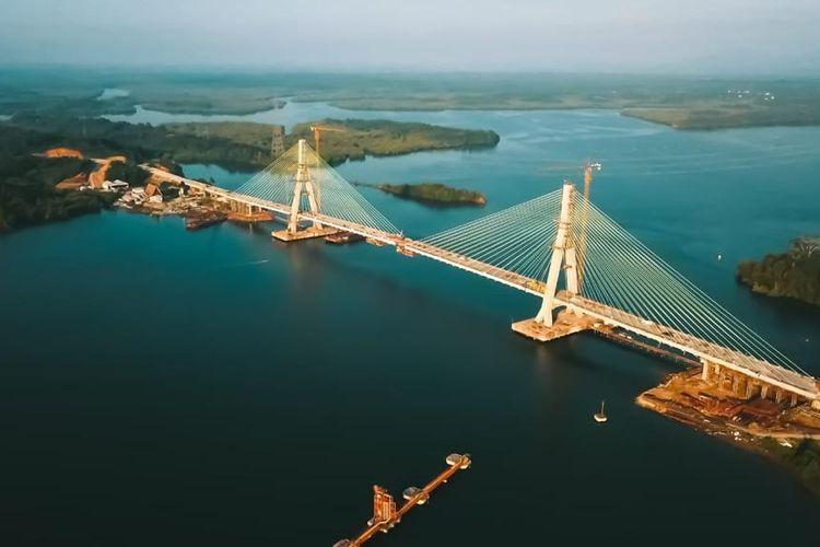 Kemajuan teknologi juga diterapkan pada jembatan ini melalui Structural Health Monitoring System (SHMS) yang akan memantau kesehatan struktur konstruksi jembatan.