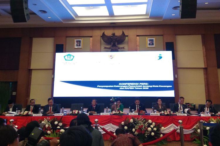 Kementrian di bawah Kementrian Koordinator Bidang Perekonomian menjelaskan tentang Nota Keuangan dan RAPBN 2020 dalam konferensi pers di Jakarta, Jumat (16/8/2019).