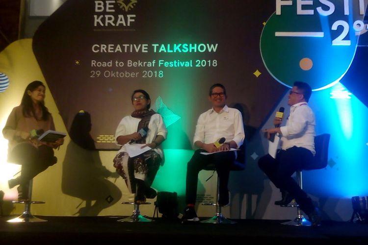Wakil Kepala Bekraf Ricky Joseph Pesik (kedua kanan) menjadi pembicara di Creative Taklshow Road to Bekraf Festival 2018 di Kantorkuu Coworking & Office Space, Jl. H.R Rasuna Said, Kuningan Timur, Setia Budi, Jakarta, Selasa (29/10/2018).