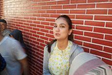 Penasaran dengan Program Ahok, Luna Maya Datangi Rumah Lembang