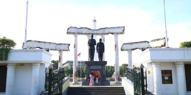 7 Destinasi Wisata Sejarah Di Kota Pahlawan Halaman All Kompas Com