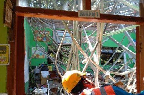 Kronologi Ambruknya Atap SD Gentong Pasuruan, Murid Histeris dan 1 Guru Meninggal Tertimpa Material
