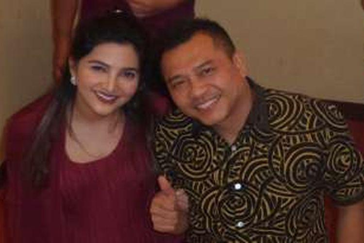 Anang Hermansyah dan Ashanty usai kegiatan Sosialisasi UU Nomor 28 Tahun 2014 tentang Hak Cipta di Mapolda Metro Jaya, Jakarta Selatan, Kamis (6/10/2016).