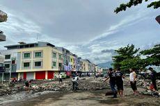 Puluhan Kios Penjual Makanan di Megamas Manado Rusak Diterjang Ombak