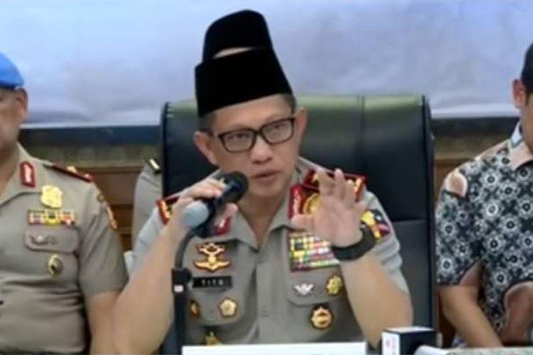 Kapolri Jenderal Polisi Tito Karnavian dalam keterangan pers terkait tragedi bom di Surabaya dan Sidoarjo di Mapolda Jawa Timur, Senin (15/5/2018).
