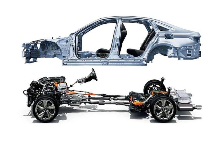 Toyota Crown S220 menggunakan basis TNGA terbaru