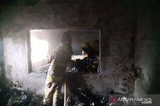 Kebakaran Gedung Farmasi RSAL Mintohardjo, Gudang Logistik Berisi APD Ludes Dilalap Api
