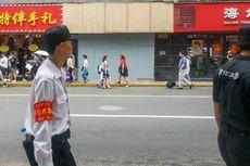 Tiga Orang Tewas Tertimpa Papan Reklame Toko yang Terlepas di China