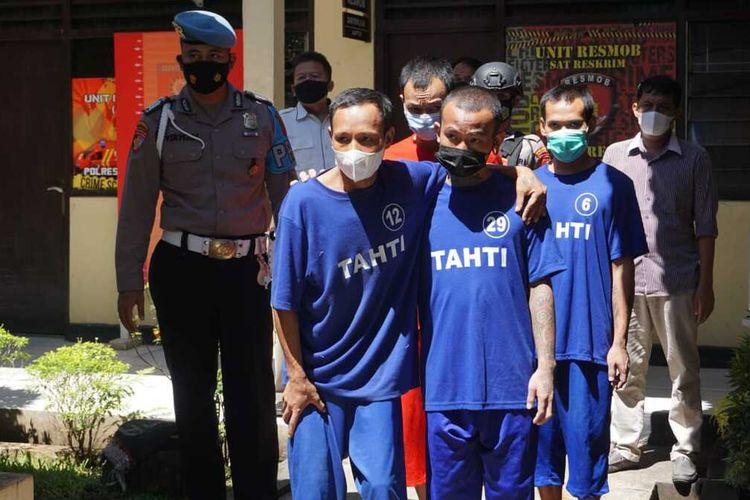 5 tahanan yang kabur diamankan kembali di Polres Purbalingga, Jawa Tengah, Rabu (14/4/2021).