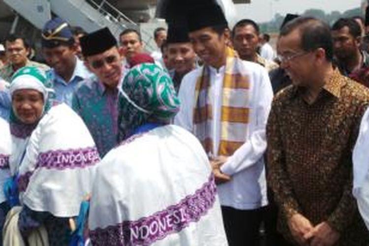 Menteri Agama Suryadharma Ali dan Gubernur DKI Jakarta Joko Widodo.