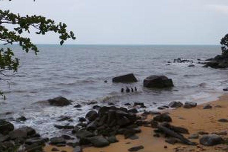 Pantai pribadi Wakil Gubernur DKI jakarta Basuki Tjahaja Purnama, pantai Bukit Batu.