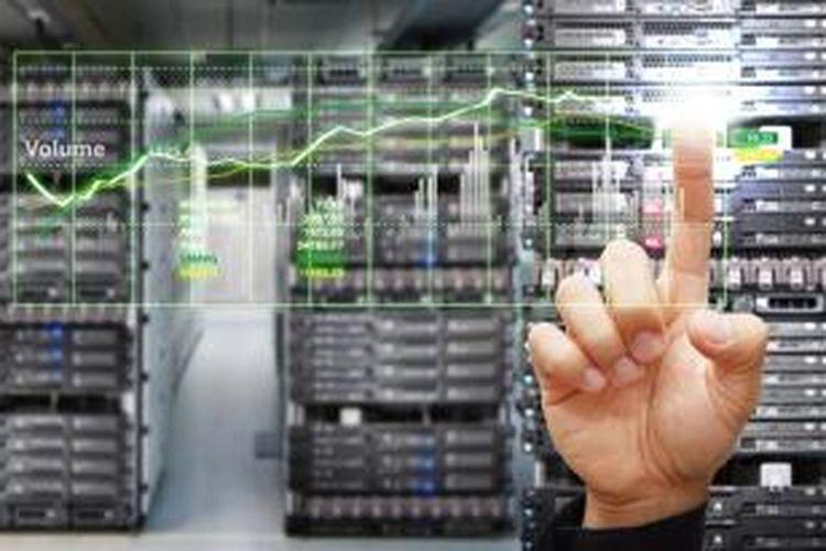 Untuk menjaga agar keberlangsungan data center selalu terjaga, diperlukan infrastruktur fisik yang pintar dengan sistem monitoring terpadu. Hal itu berguna untuk memantau dan mencegah segala ancaman yang mengakibatkan matinya perangkat pada data center.