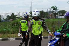 Lagi, Pengemudi Sepeda Motor Terobos Jalur Transjakarta Terjaring Razia
