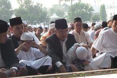 Ketua MK dan Jusuf Kalla Shalat Id di Masjid Al-Azhar