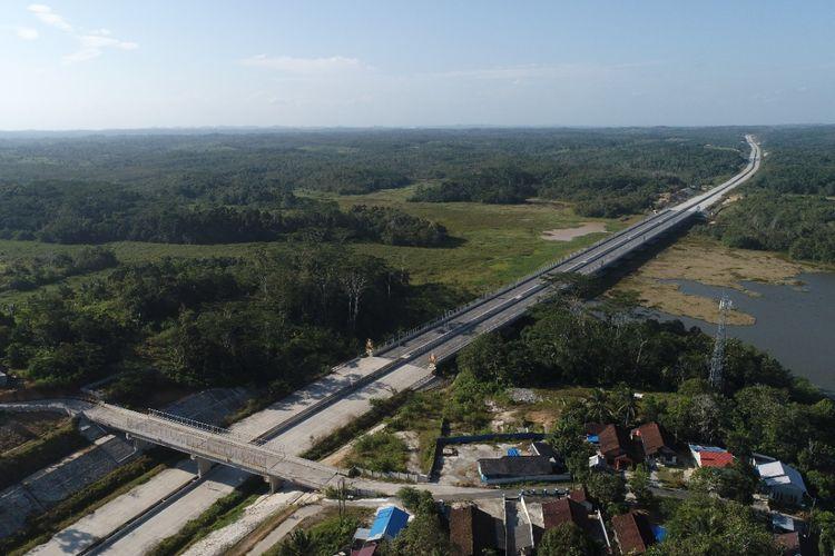 Jalan Tol Balikpapan-Samarinda (Balsam) dimiliki dan dioperasikan oleh PT Jasa Marga (Persero) Tbk