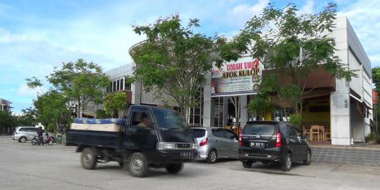 Rumah makan Umah Ubi Atok Kulop di Pangkal Pinang Kepulauan Bangka Belitung.