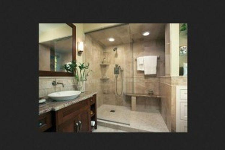 Anda dapat membuat rumah dengan dekorasi sangat modern, sangat edgy, dan berjiwa muda. Padahal, belum tentu lima, sepuluh, atau dua puluh tahun lagi Anda masih menyukai dekorasi tersebut. Terutama, untuk ruang-ruang penting seperti kamar mandi.