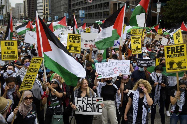 Demo besar dari Gedung Federal AS ke Konsulat Israel di Los Angeles pada Sabtu (15/5/2021). [PATRICK T. FALLON/AFP]