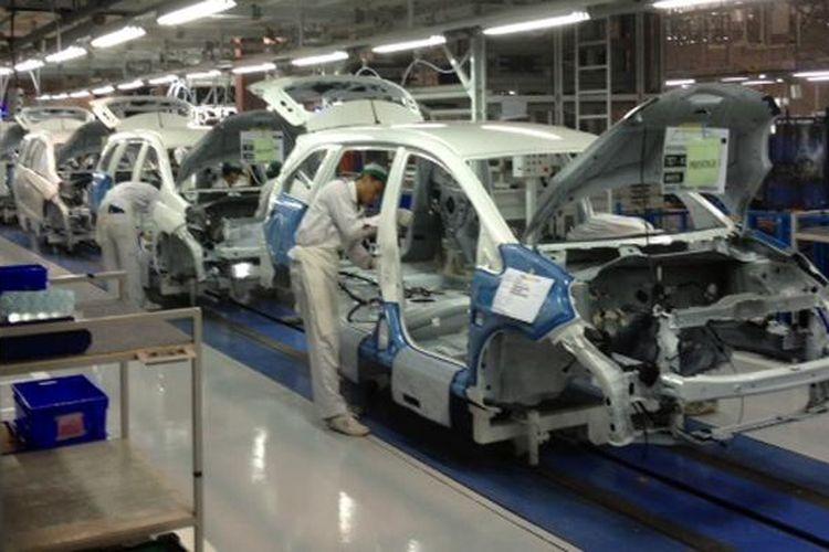 Honda mulai produksi Mobilio di pabrik kedua, Karawang, Jawa Barat, Rabu (15/1/2014).