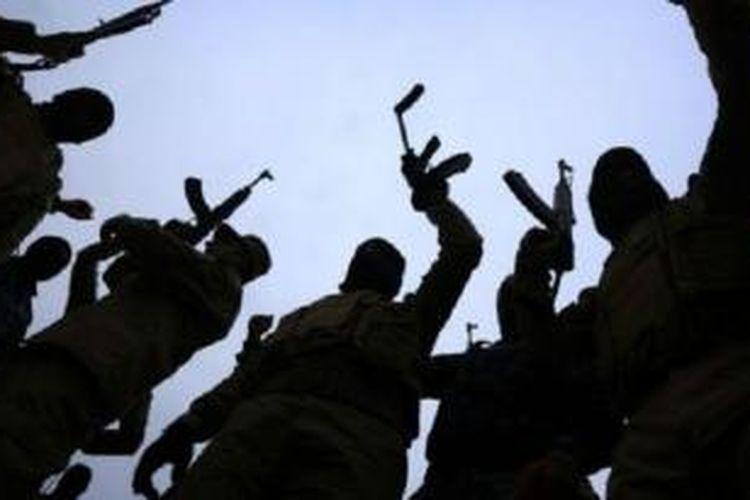 ISIS diduga mendapatkan dan menerbitkan data di internet, sebagian besar terkait pejabat pertahanan AS.
