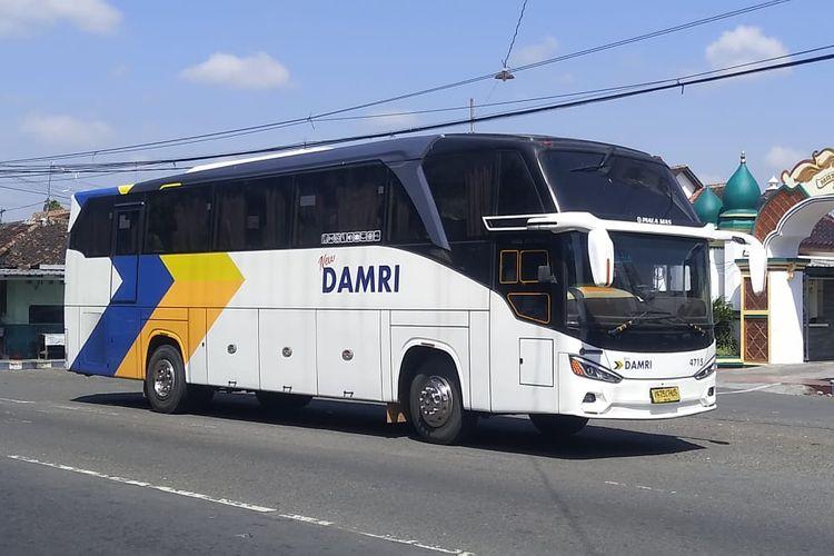 Bus Damri rute Ponorogo-Surabaya