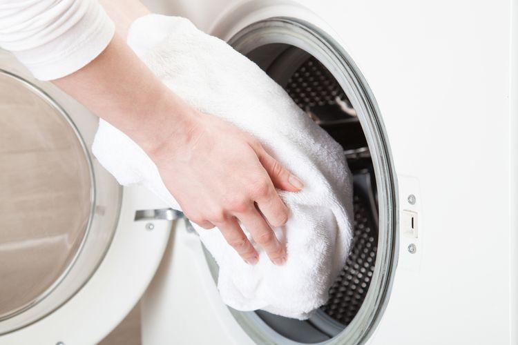 Ilustrasi handuk, mencuci handuk.