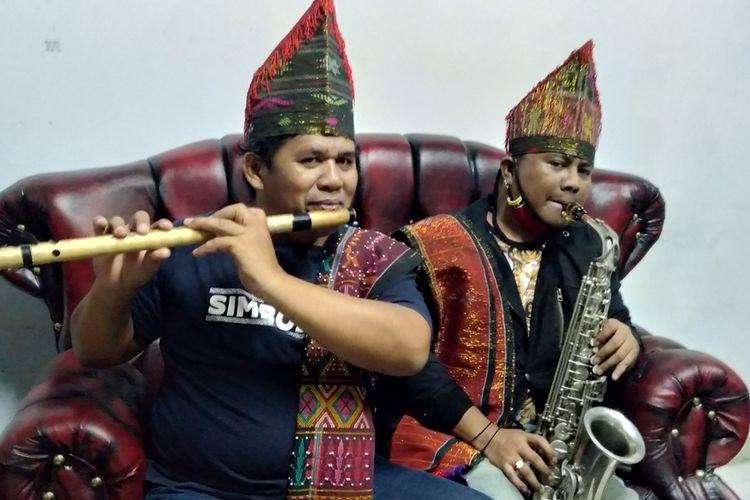 Yani Simbolon (kiri) saat ditemui di rumahnya di kawasan Cibubur, Jakarta Timur, Jumat (21/8/2020)