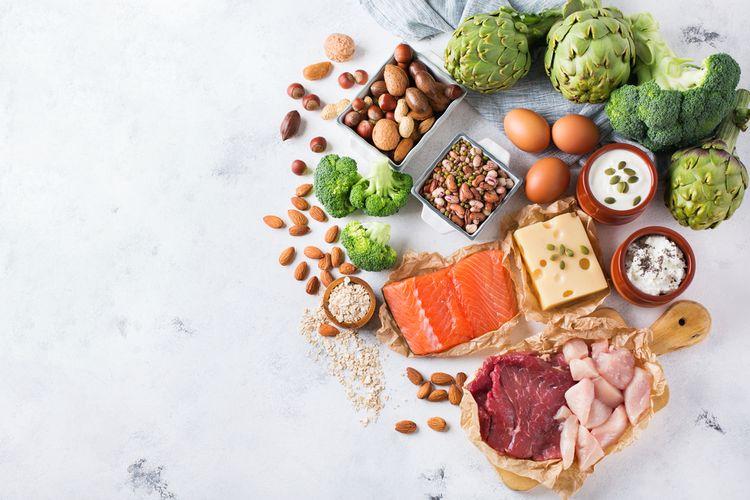 Ilustrasi langkah menyiapkan bahan makanan dengan aman