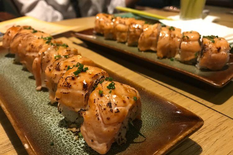 Salmon Flame Roll.