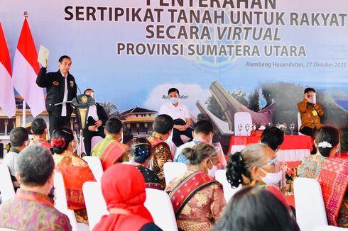 Serahkan Sertifikat Lahan, Jokowi: Jangan Dipakai untuk Beli Mobil