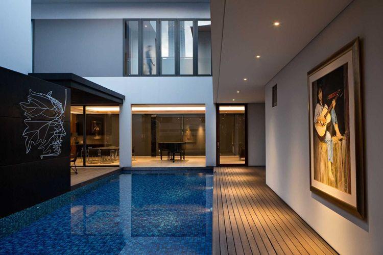 Kolam renang Ra Residence karya Hadivincent Architect